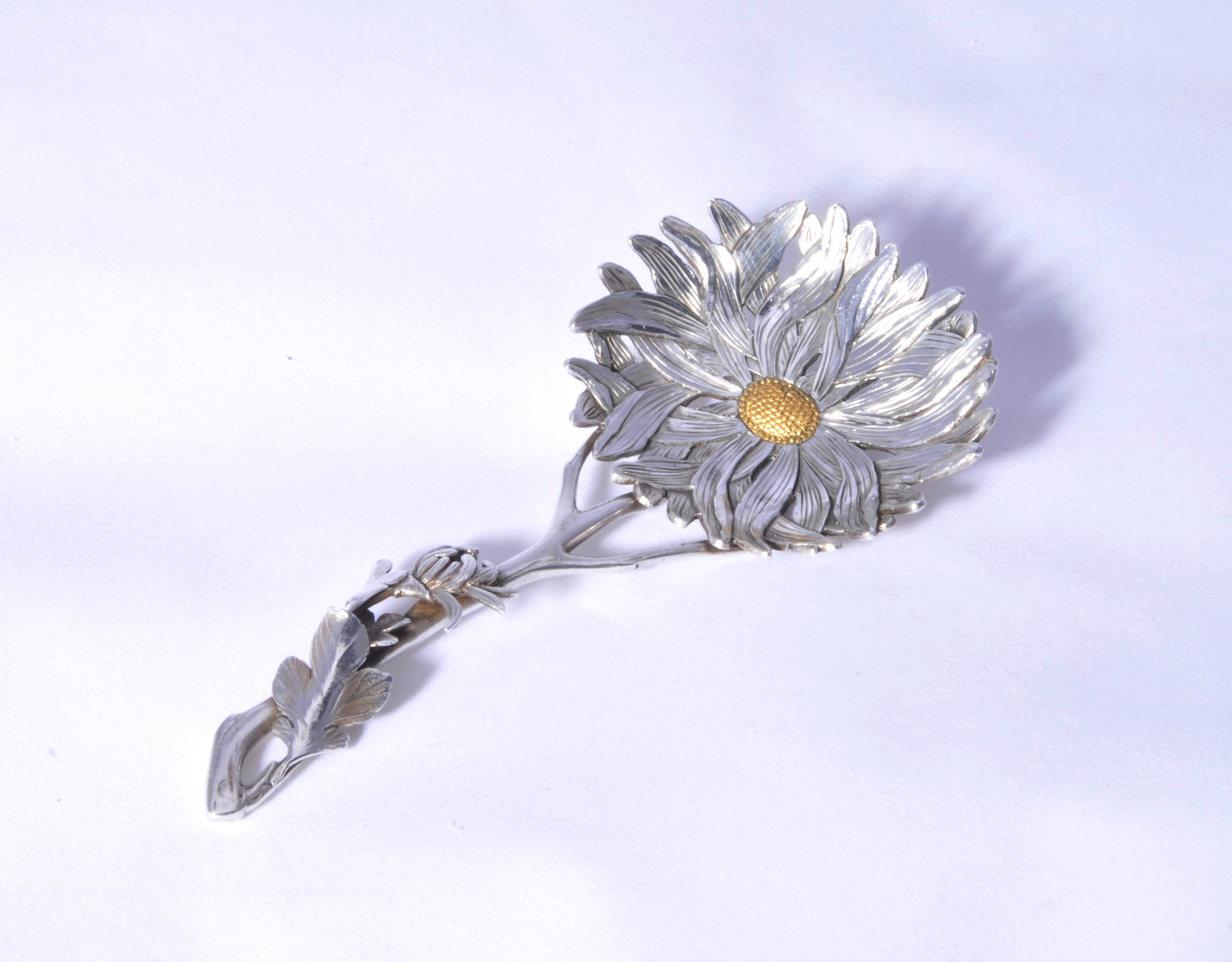A Chinese silver aesthetic caddy spoon
