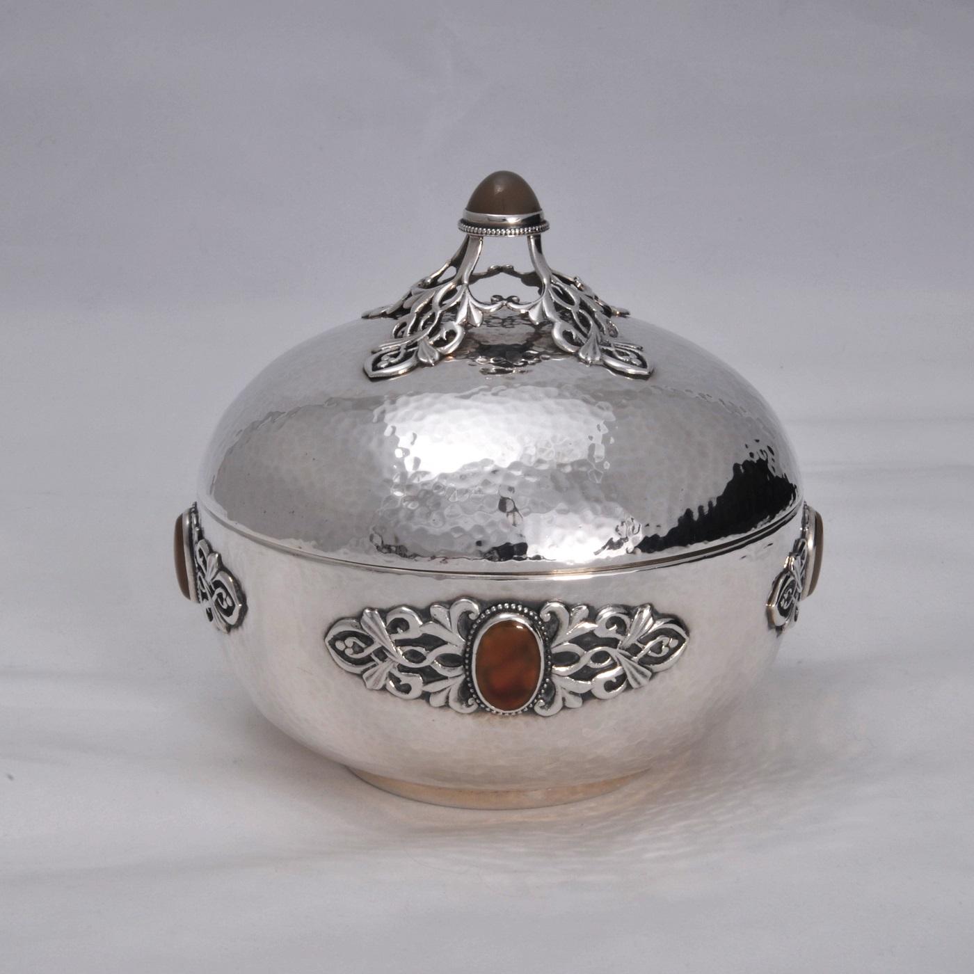 Sibyl Dunlop silver sgate box