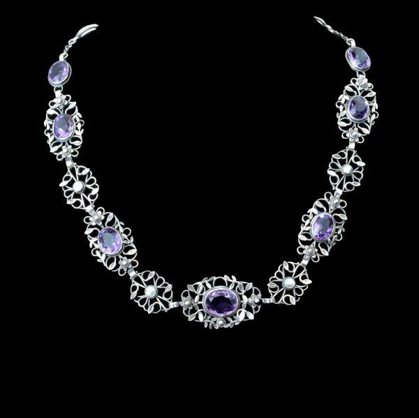 Gaskin jewellery, Gaskin necklace
